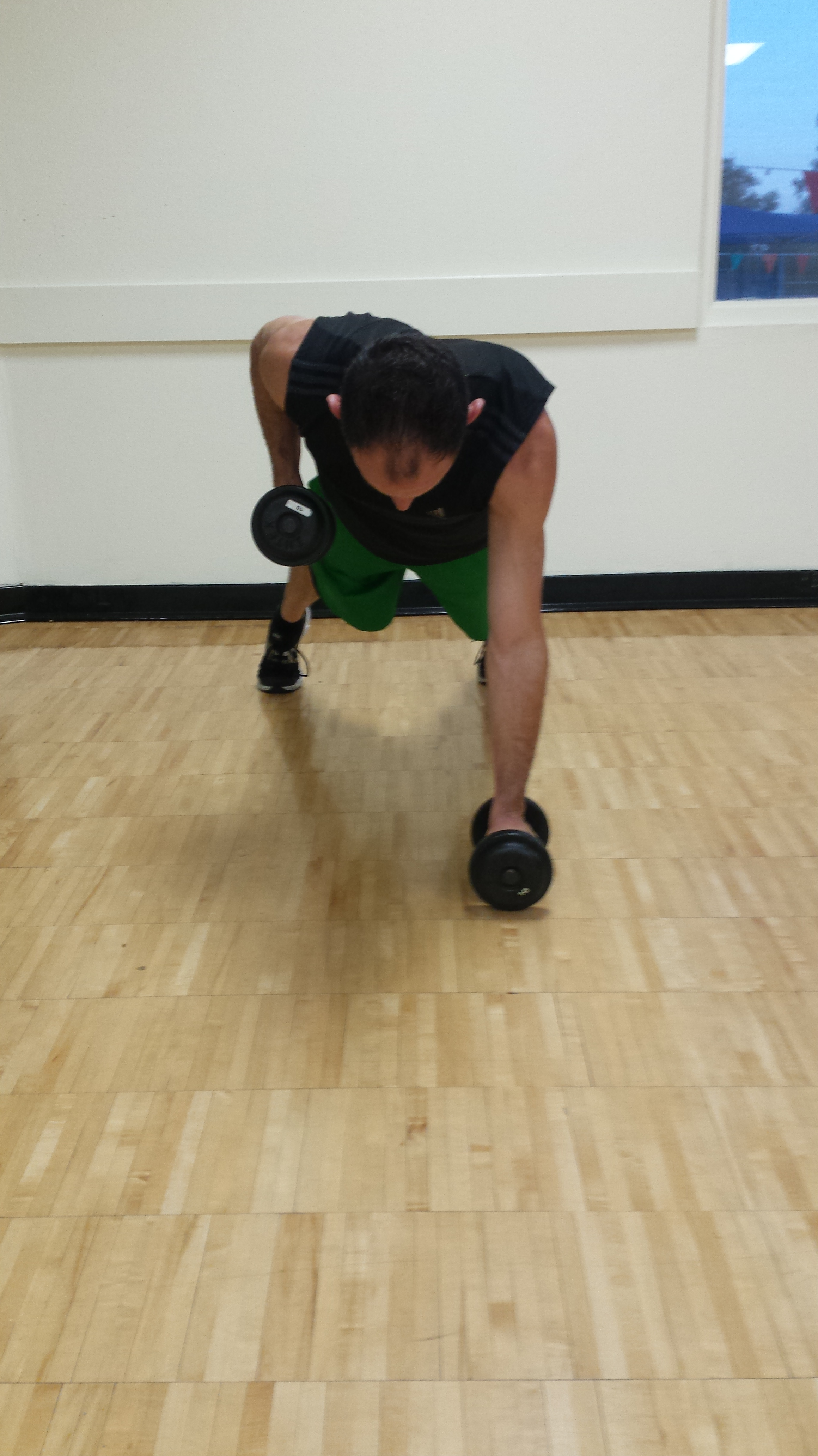 5 Dumbbell Exercises to Shape Your Back | FITNESS PROPELLED